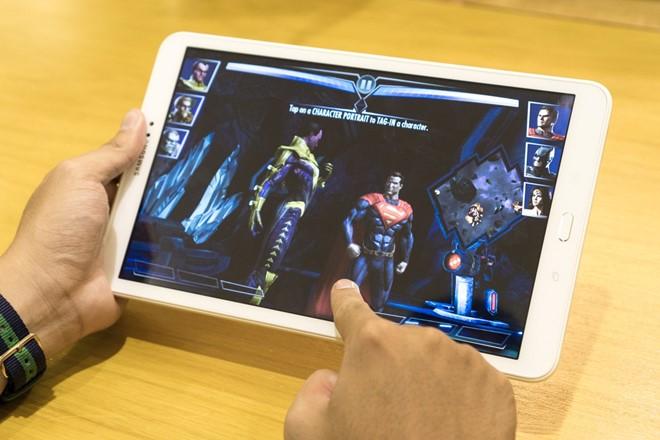 galaxy_tab_a6_101_inch_tablet_danh_cho_gam_thu_3